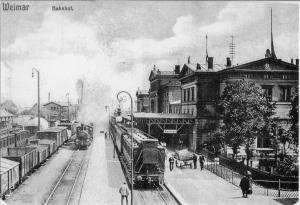 Bahnhof um 1915
